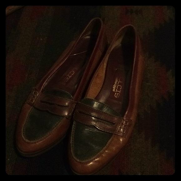 69aaeabfde72e Genuine Leather Loafers
